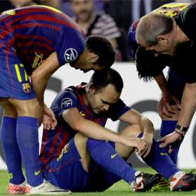 Los futbolistas también sufren la crisis, aunque cobren lo mismo