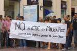Los periodistas de Málaga Hoy se concentran para protestar contra el ERE del grupo Joly