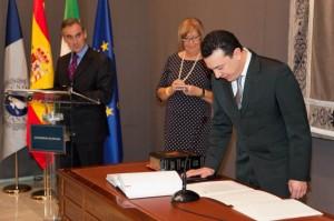 Bernardo toma posesión de su cargo en el Equipo de Gobierno de la UMA (foto: CTI UMA)