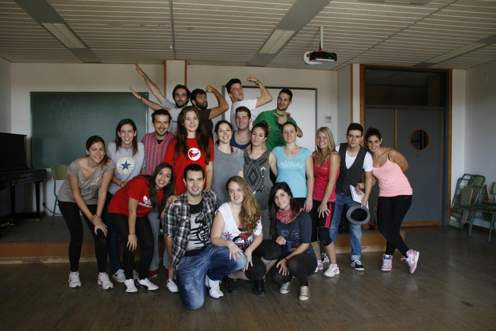 Estudiantes de la UMA dan el cante en Ridhom