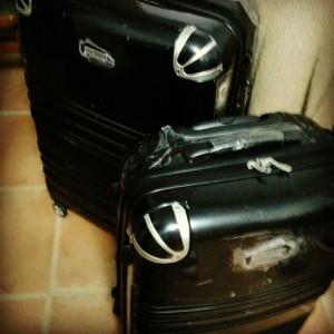 Típicas maletas Erasmus llenas de jamón