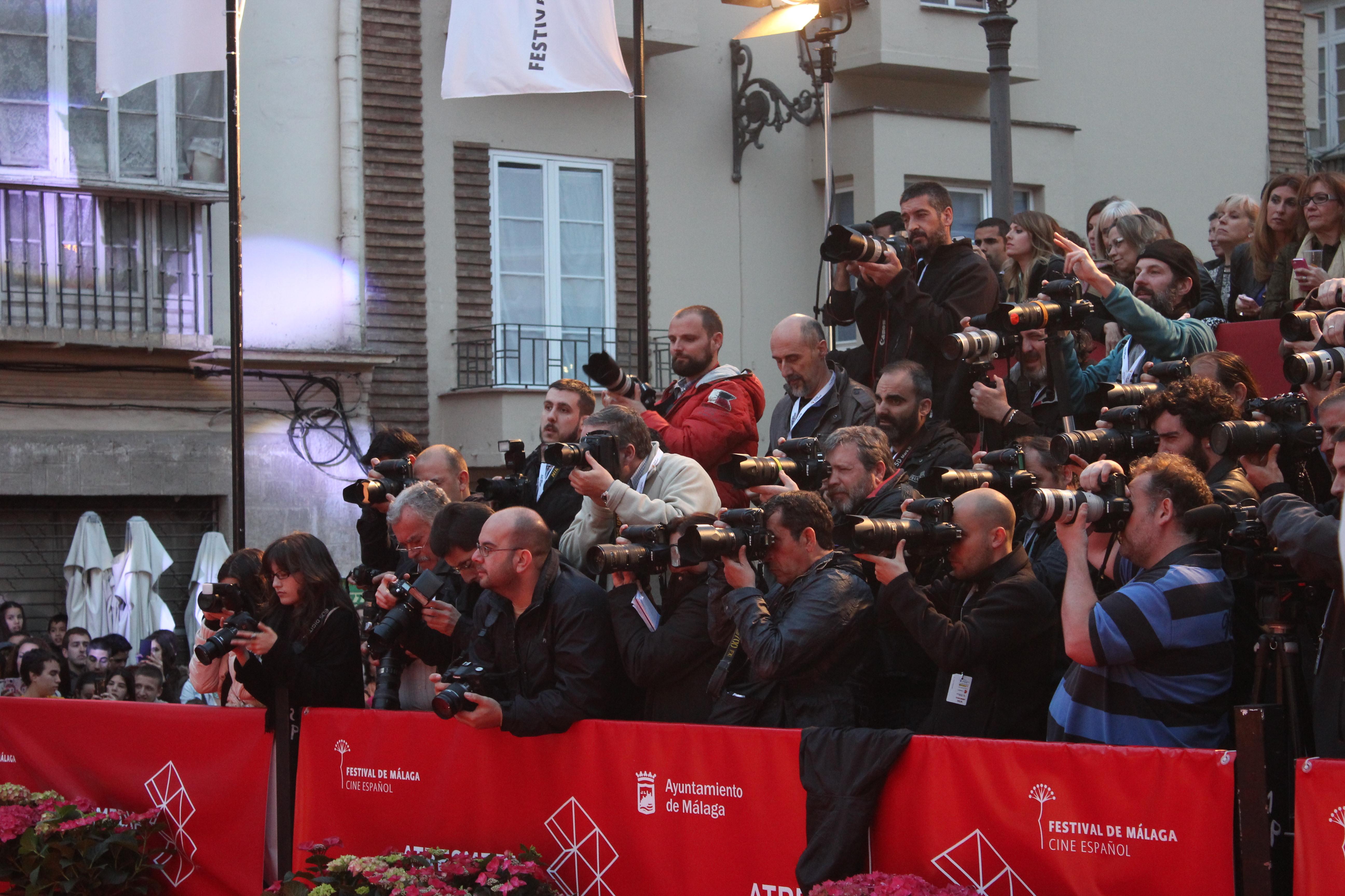 Una pena, este año no acudieron fotógrafos a el Festival.